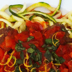Courgetti – courgette spaghetti met rode saus
