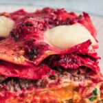 Rode-biet-pompoen-lasagne-met-geitenkaas