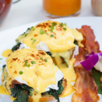 Eggs benedict recept